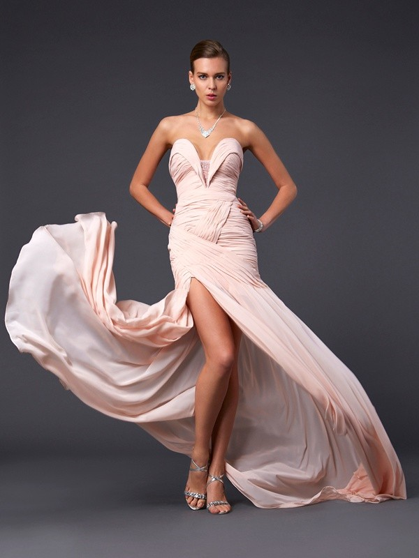 Pearl Pink Sweetheart Chiffon Brush Train Prom Dresses
