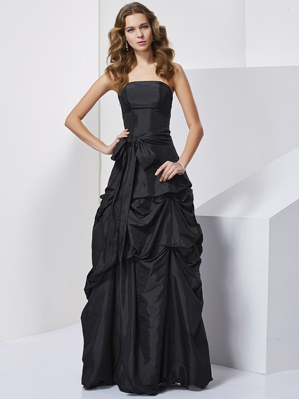 Black Sheath Strapless Floor-Length Prom Dresses with Bowknot