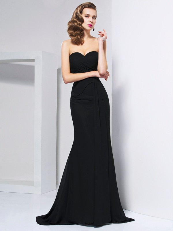 Sweetheart Brush Train Black Prom Dresses with Pleats