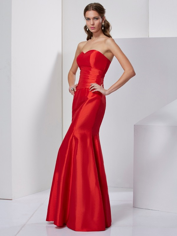 Sweetheart Floor-Length Red Prom Dresses with Pleats