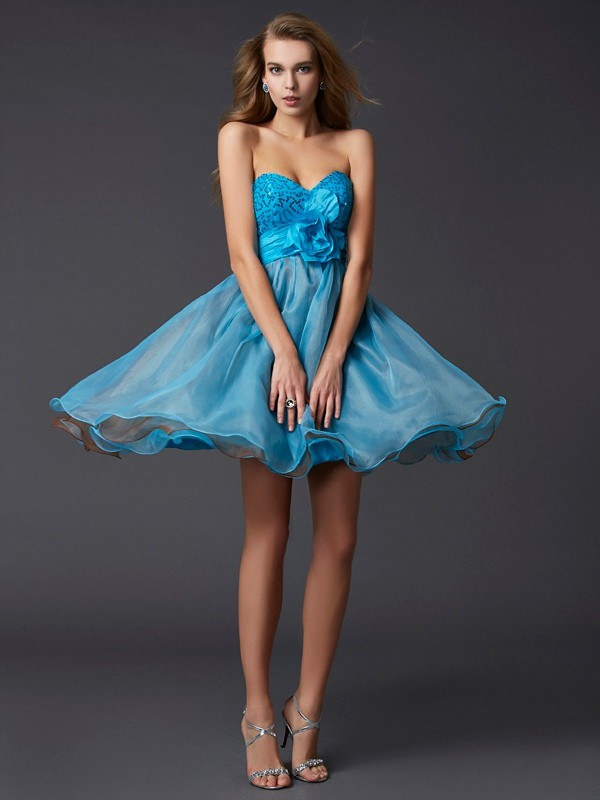 Sweetheart Short/Mini Blue Homecoming Dresses with Lace