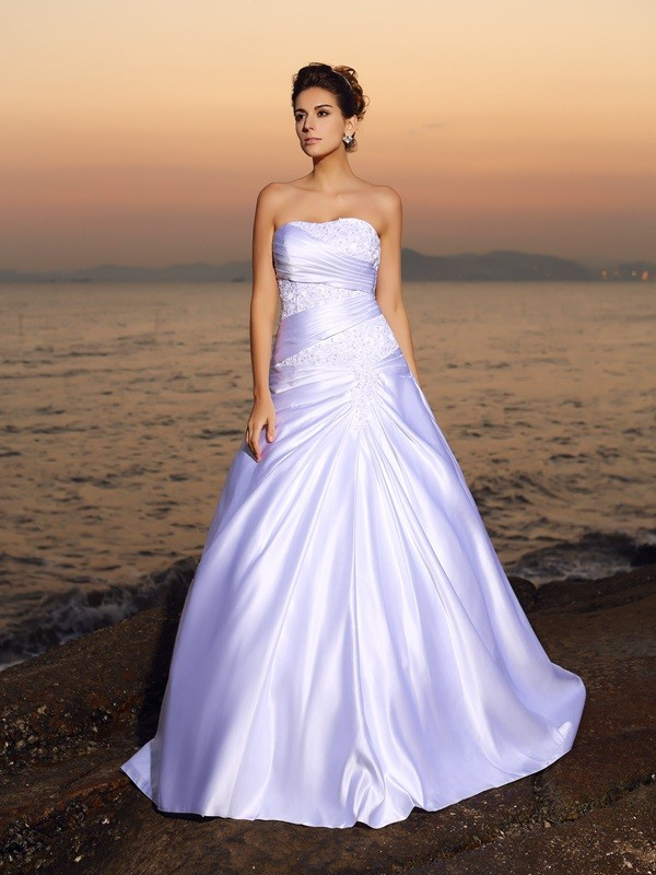 Ball Gown Satin Strapless Court Train White Wedding Dresses