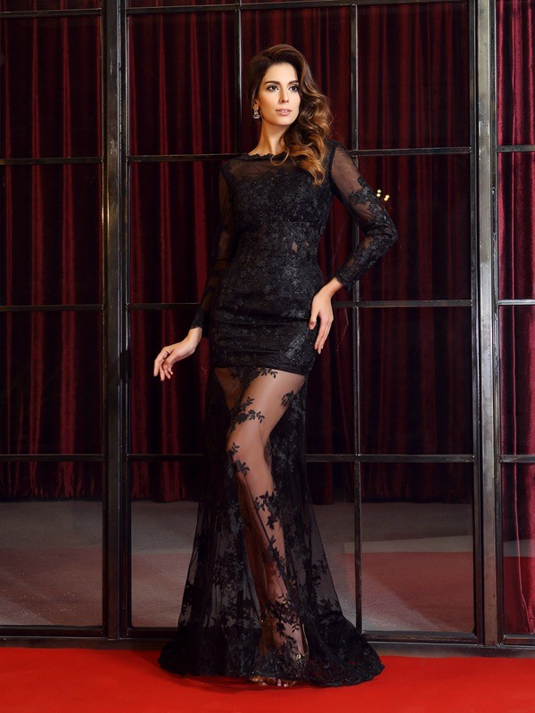 Lace Long Sleeves Bateau Brush Train Black Prom Dresses