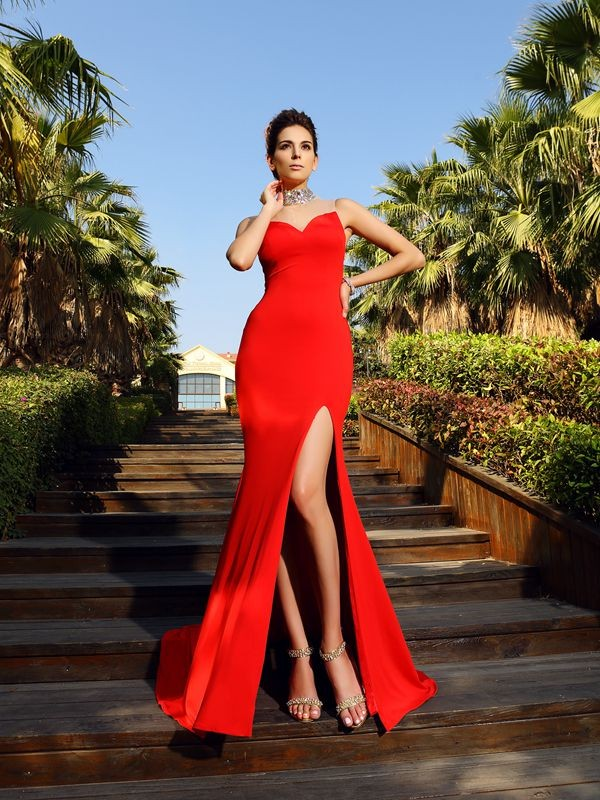 Sheath Spandex High Neck Court Train Red Prom Dresses