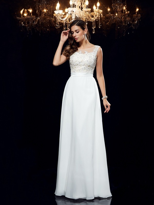 Scoop Floor-Length White Prom Dresses with Applique