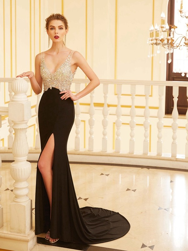 Sheath V-neck Brush Train Black Prom Dresses