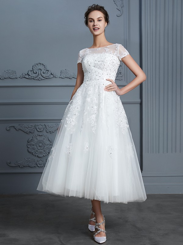 Tulle A-Line Tea-Length Short Sleeves Scoop Ivory Wedding Dresses
