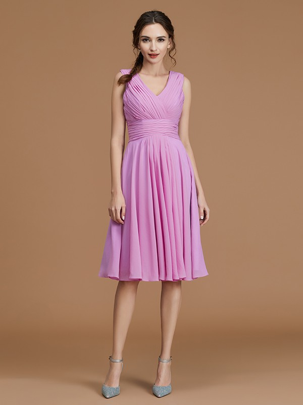 V-neck Short/Mini Fuchsia Bridesmaid Dresses with Ruched