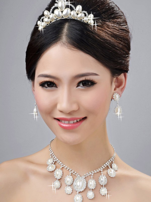 Bright Wedding Party Earrings Set