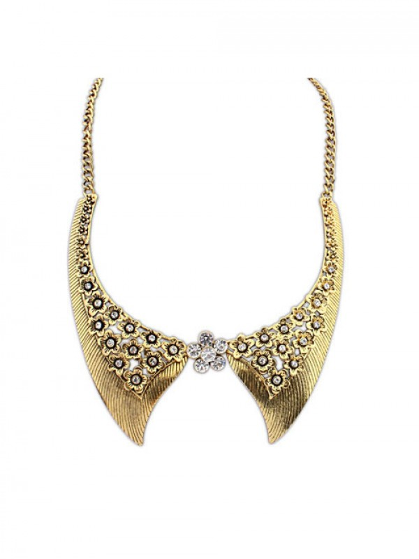 Occident Stylish Retro Flowers Fake collar Fashion Necklace