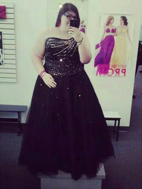 Tulle One-Shoulder Floor-Length Black Prom Dresses
