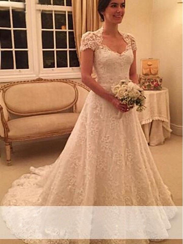 A-Line Lace Short Sleeves Sweetheart Court Train White Wedding Dresses