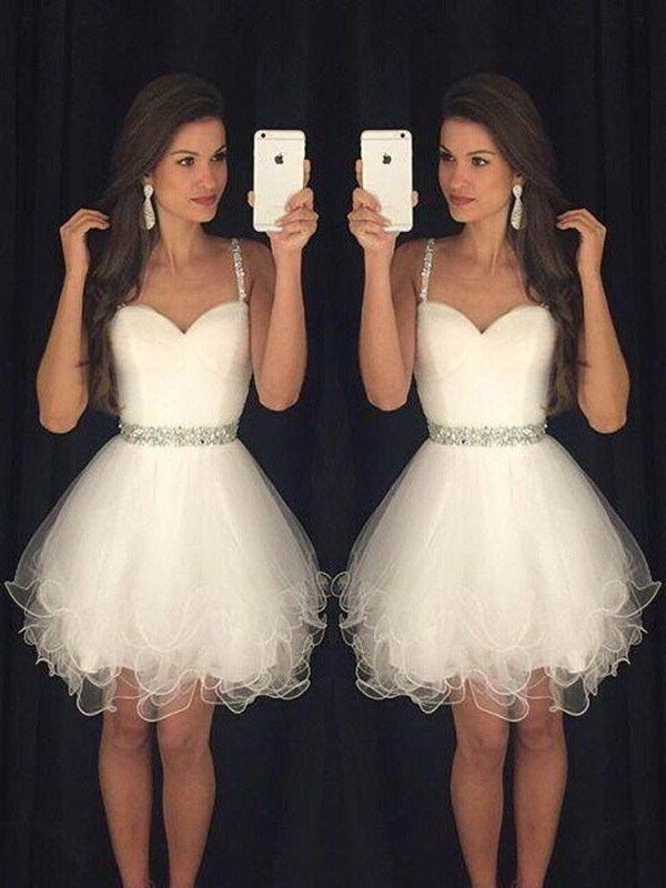 A-Line Tulle Sweetheart Short Homecoming Dresses with Beading
