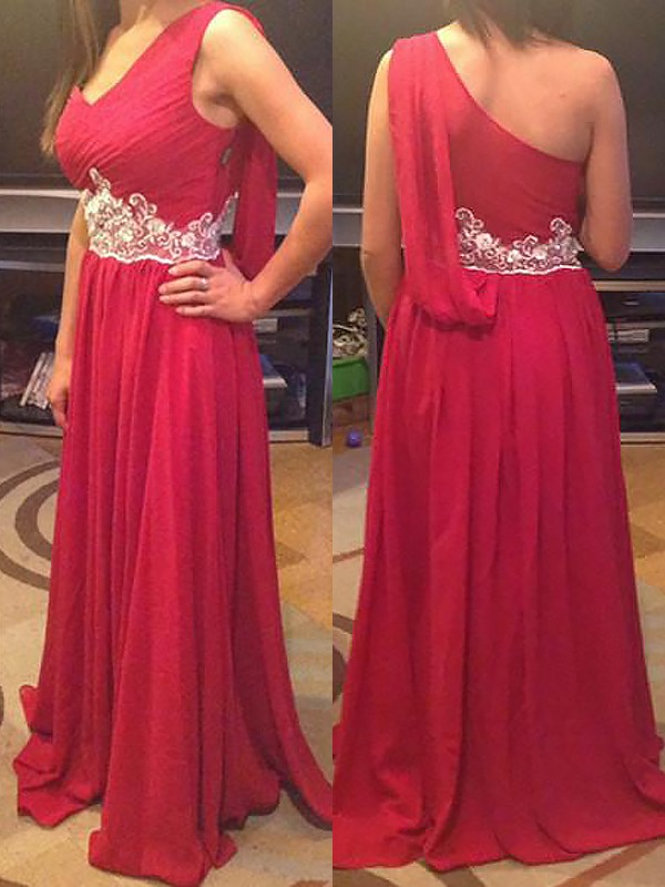 Floor-Length Red One-Shoulder Bridesmaid Dresses