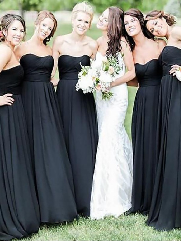 Sweetheart Floor-Length Black Bridesmaid Dresses