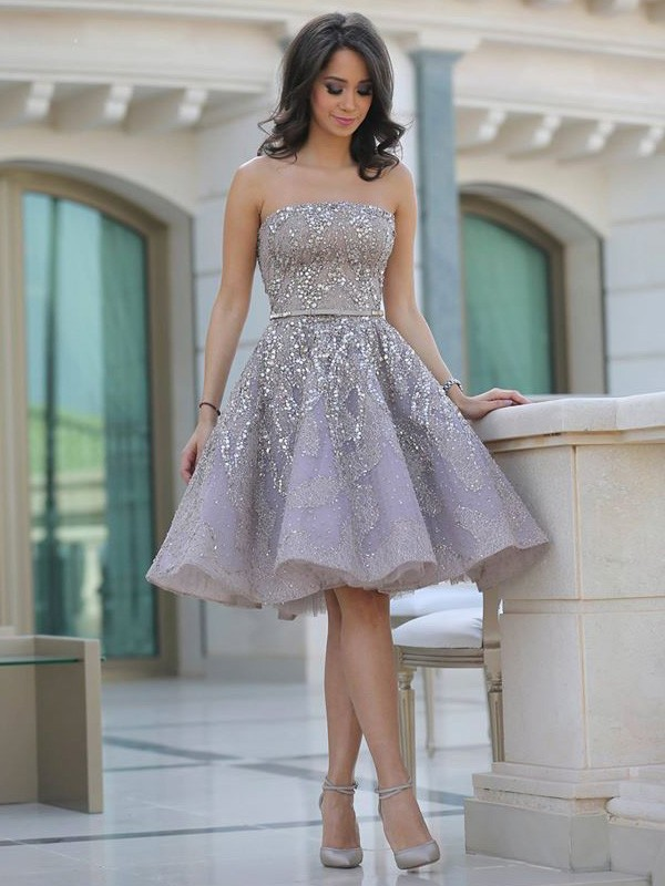 Satin Strapless Knee-Length Champagne Homecoming Dresses