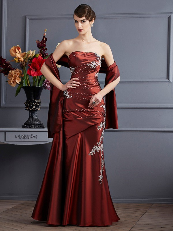 Brown Sheath Strapless Floor-Length Prom Dresses with Beading