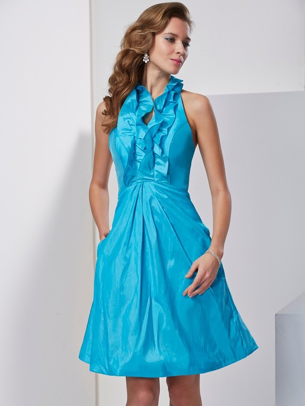 Knee-Length Blue Halter Homecoming Dresses with Ruffles