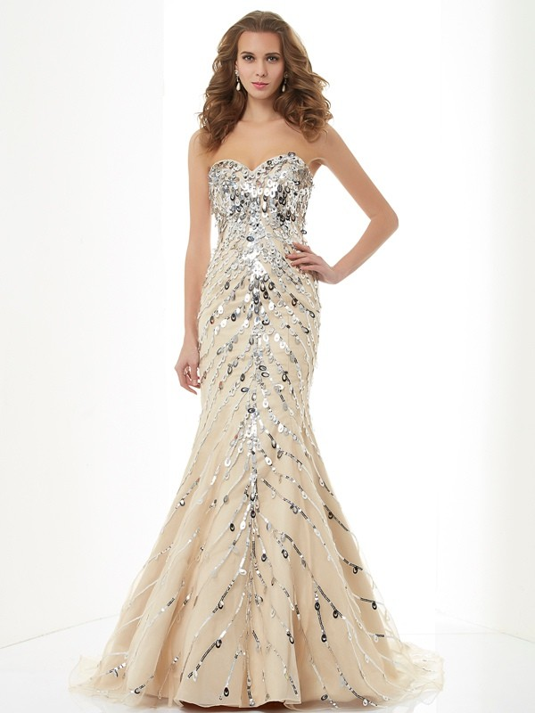 Brush Train Champagne Sweetheart Prom Dresses with Beading