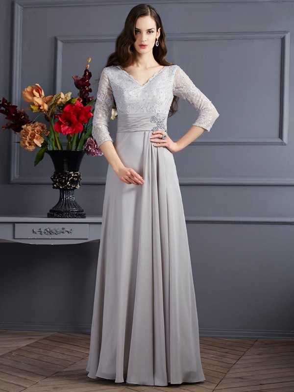 Floor-Length Grey 3/4 Sleeves V-neck Prom Dresses with Applique
