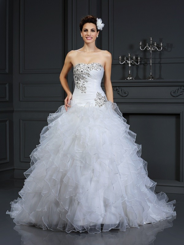 Ball Gown Organza Strapless Chapel Train Wedding Dresses with Beading