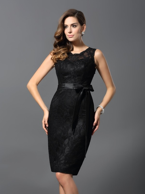 Knee-Length Black Jewel Homecoming Dresses with Lace