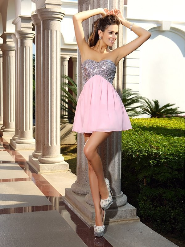Pink Sweetheart Short/Mini Homecoming Dresses with Sequin