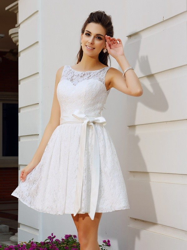 Lace Scoop Short/Mini Homecoming Dresses with Sash/Ribbon/Belt