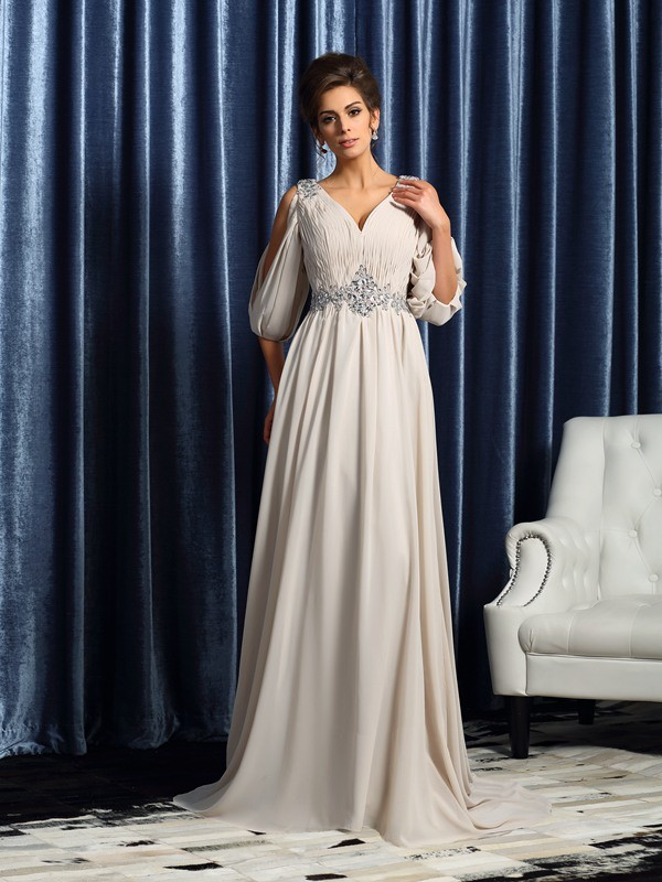 Half Sleeves V-neck Court Train Ivory Mother of the Bride Dresses