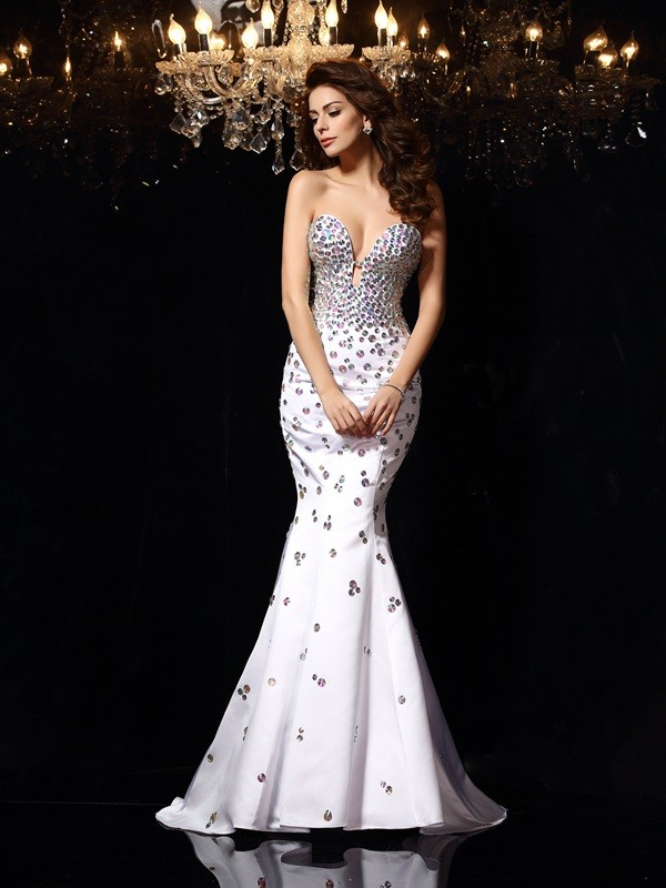 Mermaid Sweetheart Court Train White Prom Dresses