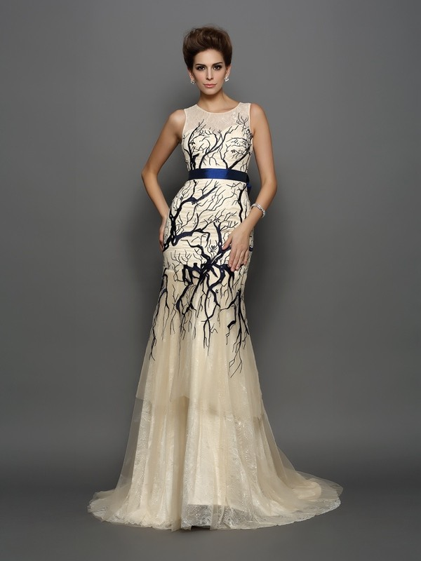 Mermaid Scoop Court Train Champagne Prom Dresses