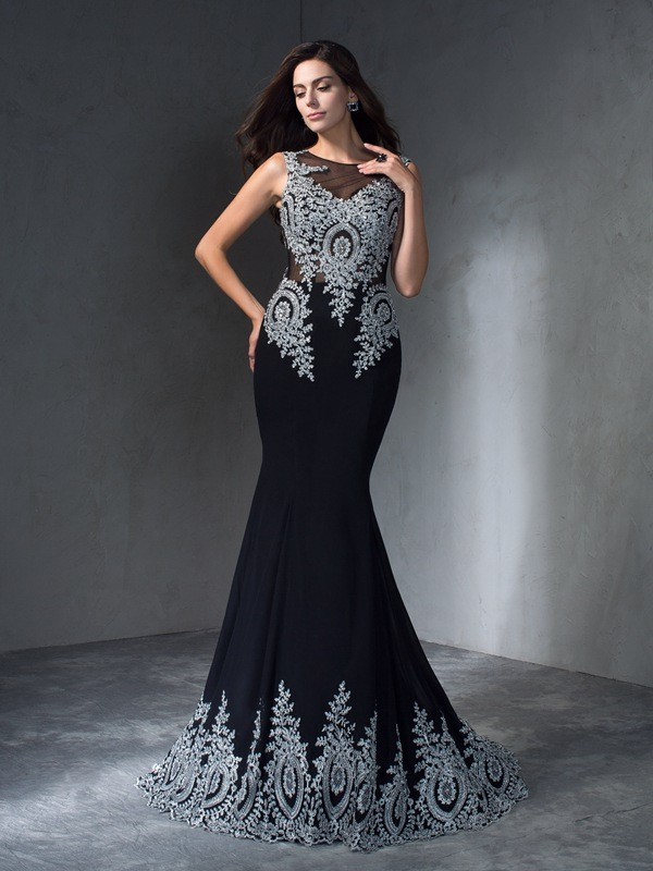Mermaid Scoop Brush Train Black Prom Dresses