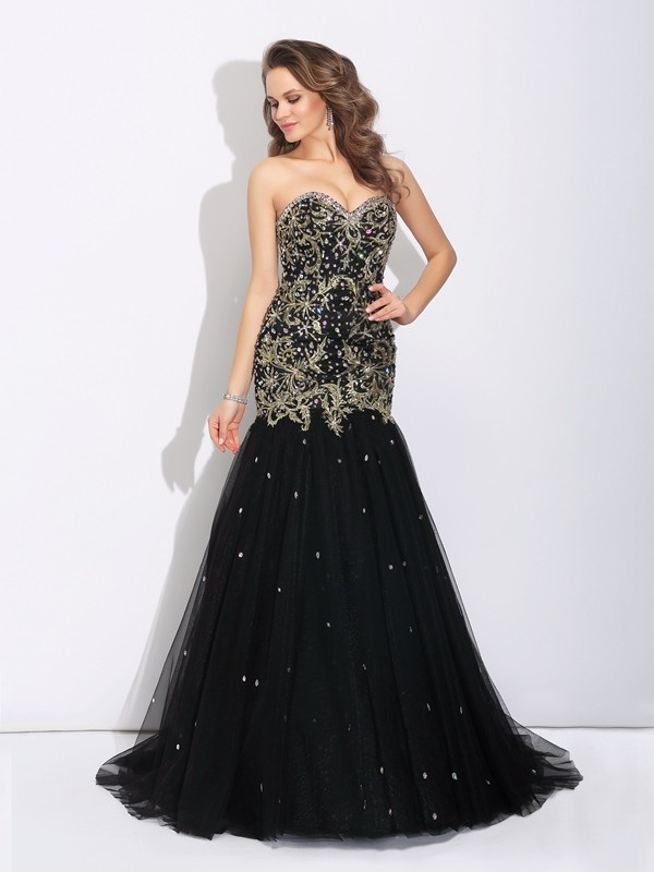 Satin Sweetheart Brush Train Black Prom Dresses