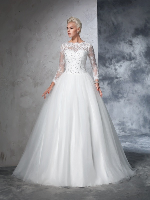 Ivory Ball Gown Bateau Brush Train Wedding Dresses with Lace