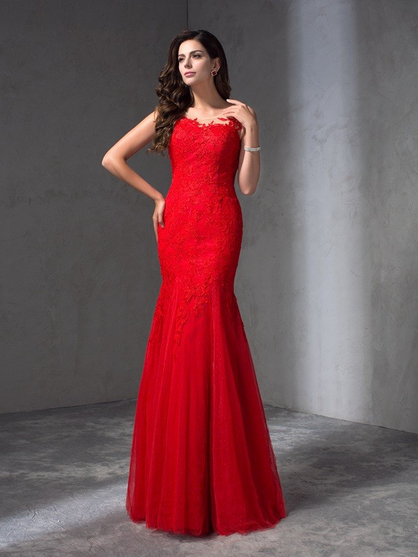 Lace Scoop Floor-Length Red Prom Dresses
