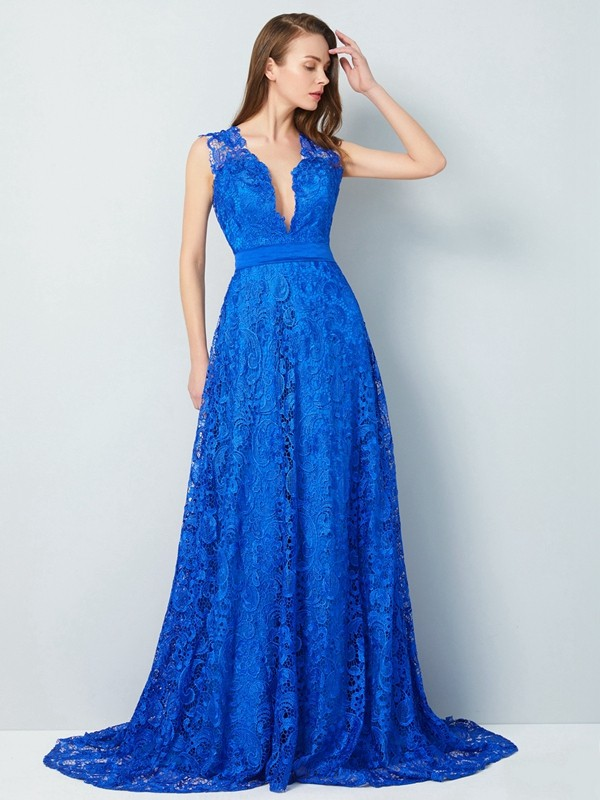 Lace A-Line Brush Train V-neck Royal Blue Prom Dresses