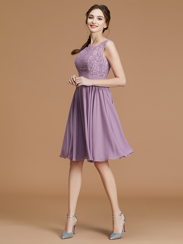 Short/Mini Lilac Bateau Bridesmaid Dresses with Lace