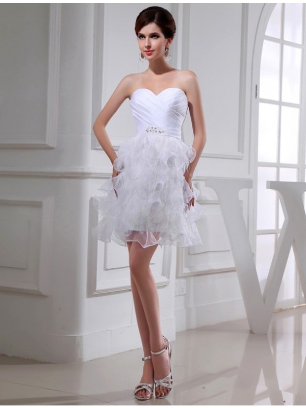 Short/Mini White Sweetheart Homecoming Dresses with Beading