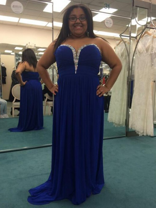 A-Line Chiffon Sweetheart Brush Train Royal Blue Prom Dresses