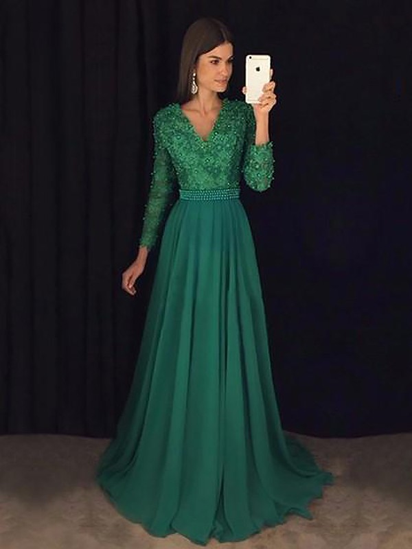 Brush Train Dark Green Long Sleeves V-neck Prom Dresses with Lace