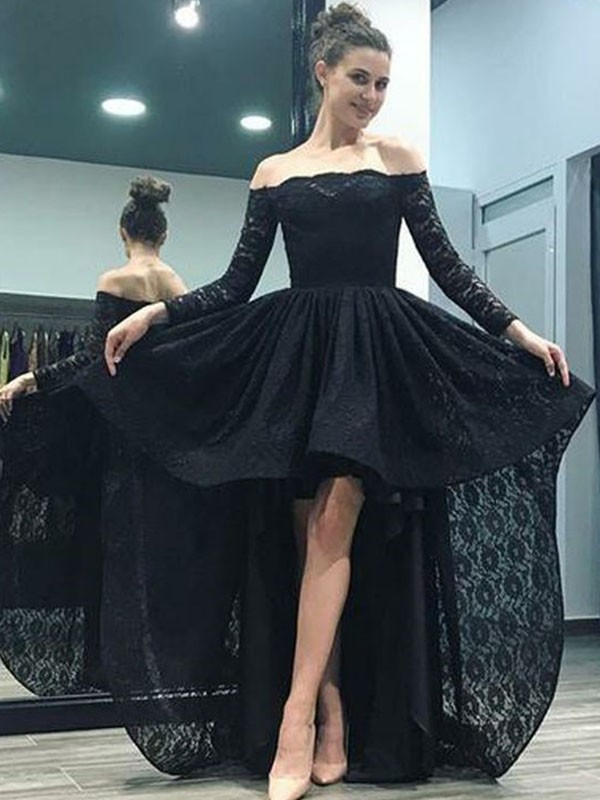A-Line Off-the-Shoulder Brush Train Black Prom Dresses with Ruffles