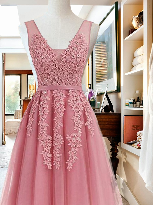 A-Line V-neck Tulle Pink Homecoming Dresses
