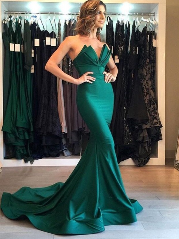 Mermaid Green V-neck Court Train Satin Prom Dresses