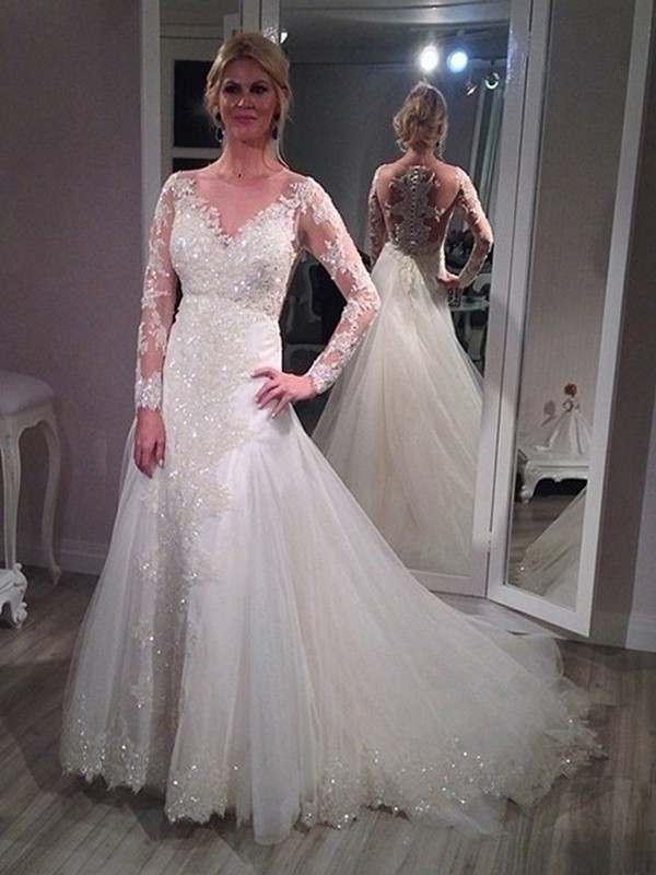 Tulle A-Line Brush Train Long Sleeves V-neck White Wedding Dresses