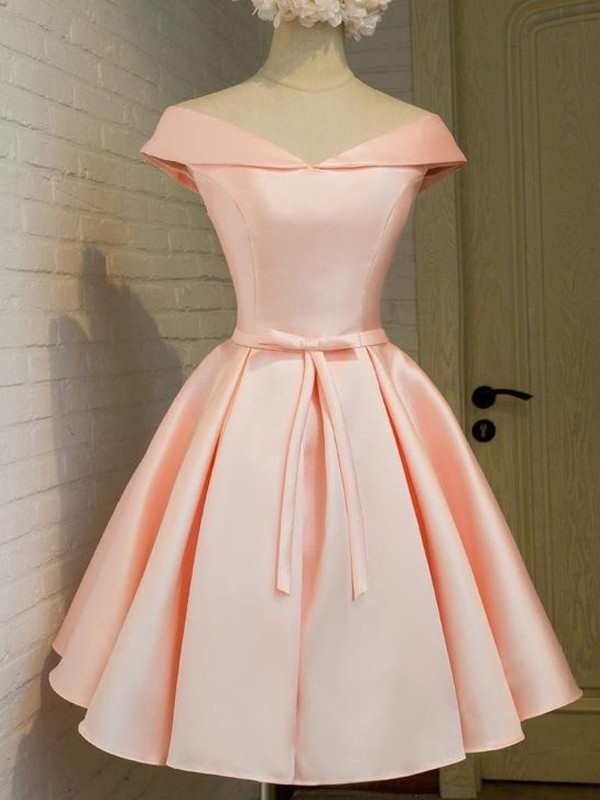 V-neck Short Pink Homecoming Dresses with Sash/Ribbon/Belt
