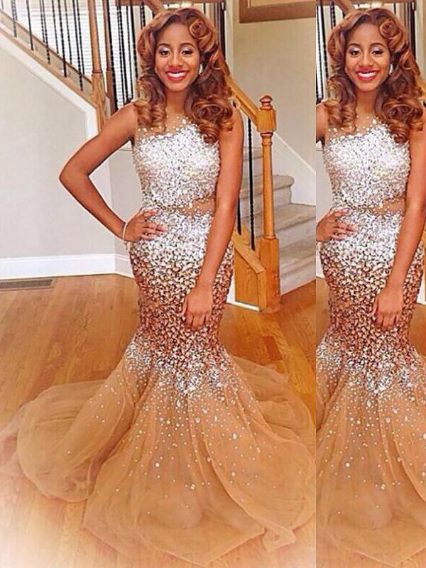 Bateau Brush Train Champagne Prom Dresses with Sequin