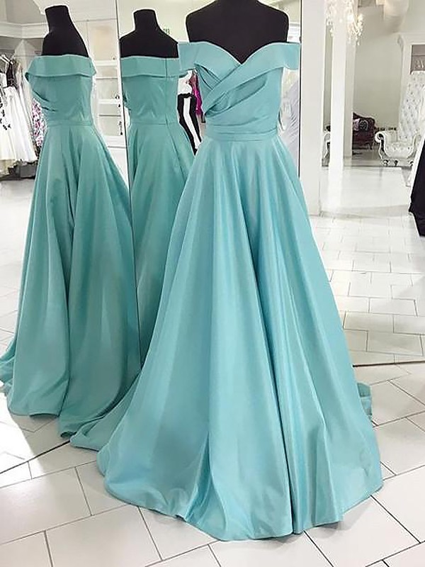 Off-the-Shoulder Brush Train Green Prom Dresses with Ruched