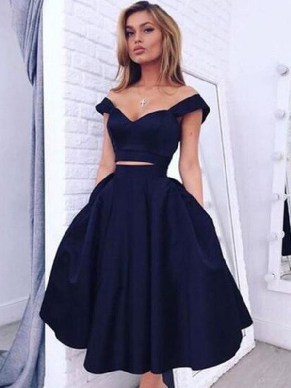 Black Off-the-Shoulder Satin Knee-Length Homecoming Dresses