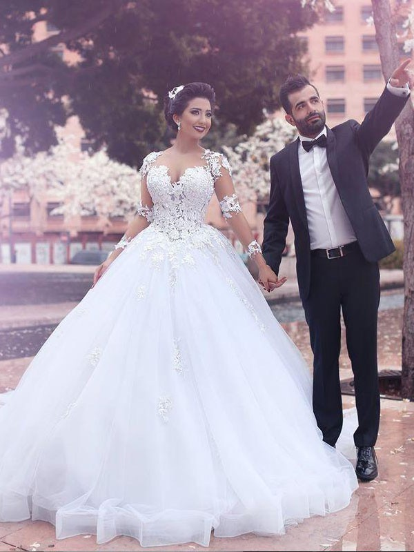 TulleCourt Train Long Sleeves Sweetheart Ivory Wedding Dresses