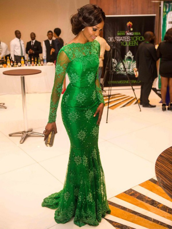 Floor-Length Green Long Sleeves High Neck Prom Dresses with Applique